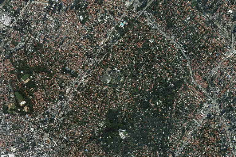 Foto de satélite da Geosampa mostra região do Alto da Boa Vista, em São Paulo, considerado o mais arborizado da cidade segundo levantamento do Grupo ZAP