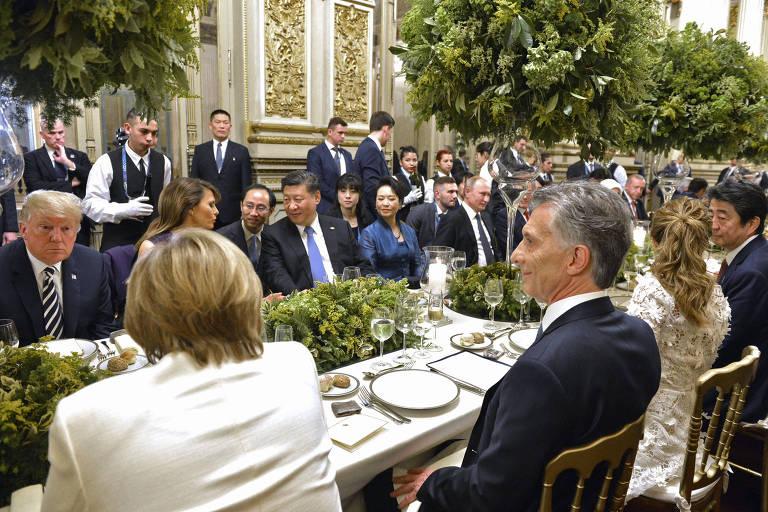 Donald Trump, a primeira-dama Melania, Xi Jinping, Merkel e Macri em jantar de gala no Teatro Colón