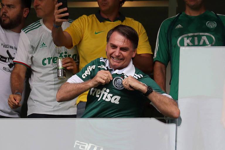 Antes de ser empossado como presidente, Jair Bolsonaro compareceu ao Allianz Parque durante a partida entre Palmeiras e Vitória