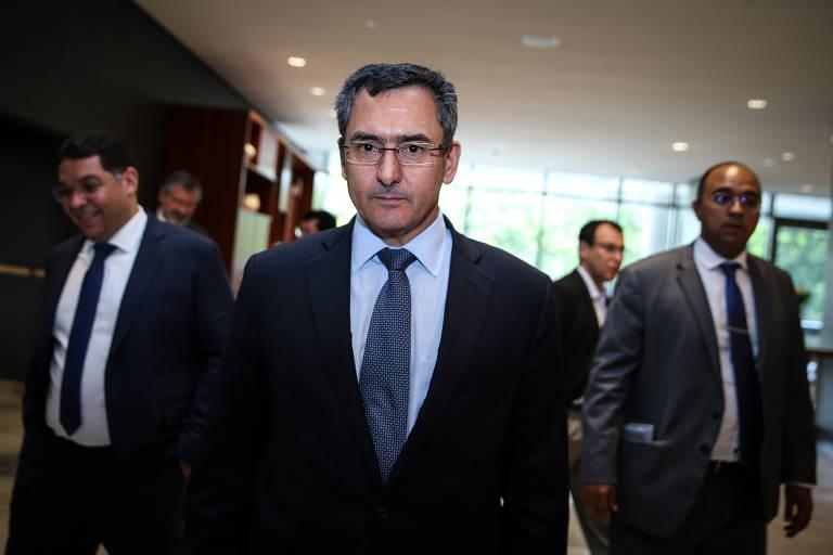 Privatização não resolve desajuste fiscal, diz Guardia