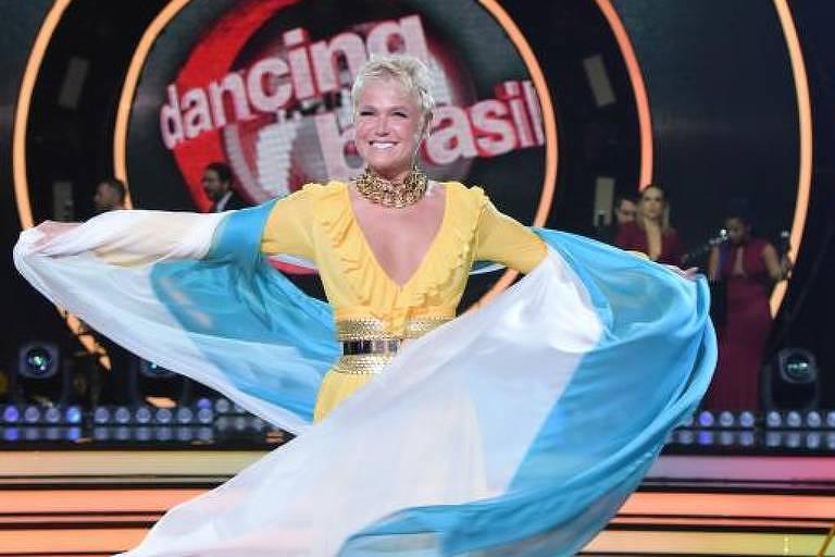 A apresentadora Xuxa durante a quarta temporada de Dancing Brasil