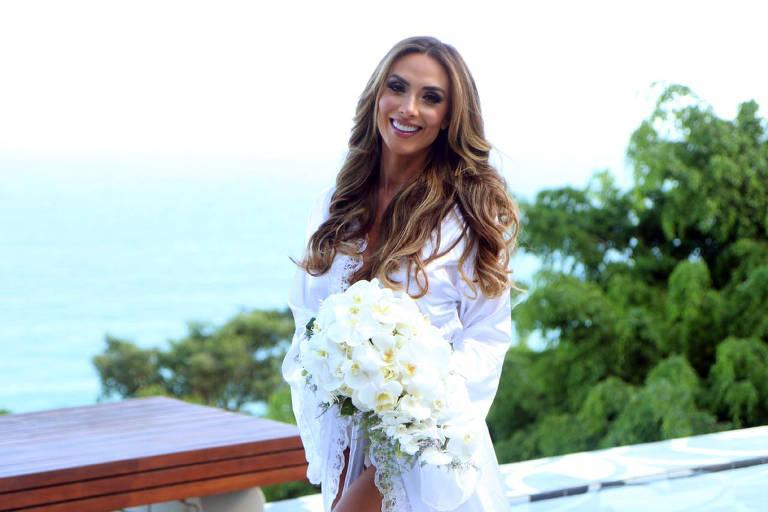 Nicole Bahls antes da cerimônia de casamento