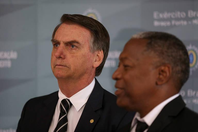 Jair Bolsonaro, em evento no Exército, em Brasília, nesta quarta (5)