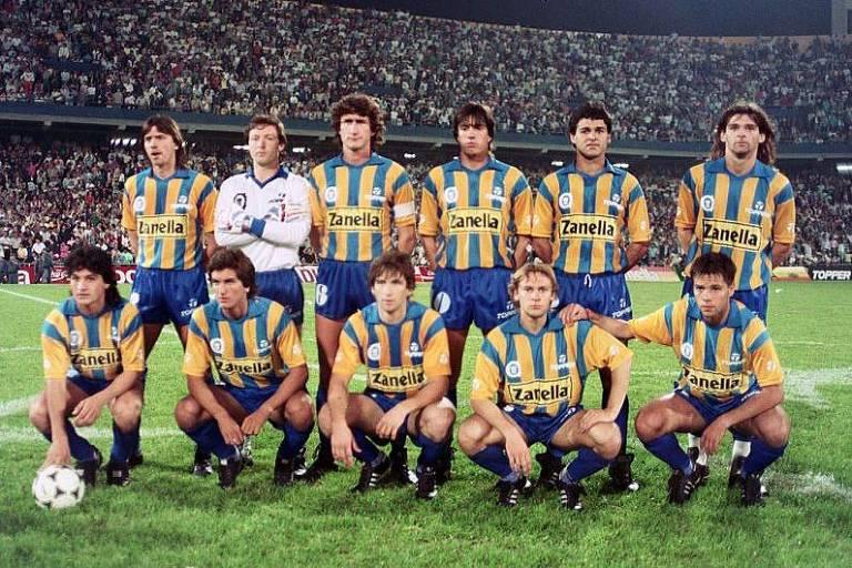 Equipe do Rosario Central, do fim da década de 80, com Edgardo Bauza como capitão