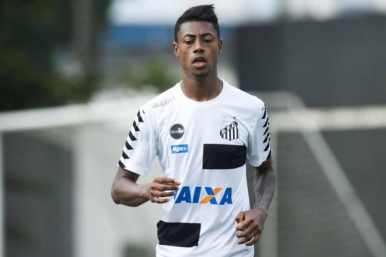 Bruno Henrique em treino do Santo na Vila Belmiro