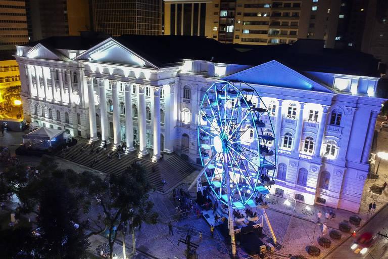 ¨6 atrações de Natal de Curitiba