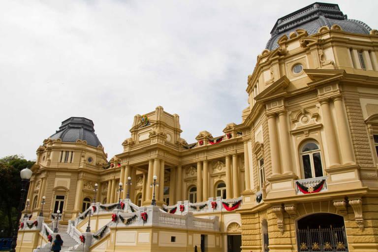 Palácio Guanabara foi casa da família real até a proclamação da República