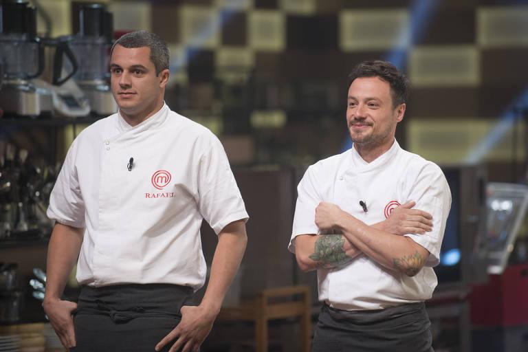 Rafael Gomes e Willian Peters disputam a final do MasterChef Profissionais