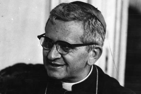 LOCAL DESCONHECIDO, 07-12-1968: Dom Agnelo Rossi, bispo da cidade de São Paulo. (Foto: Folhapress)