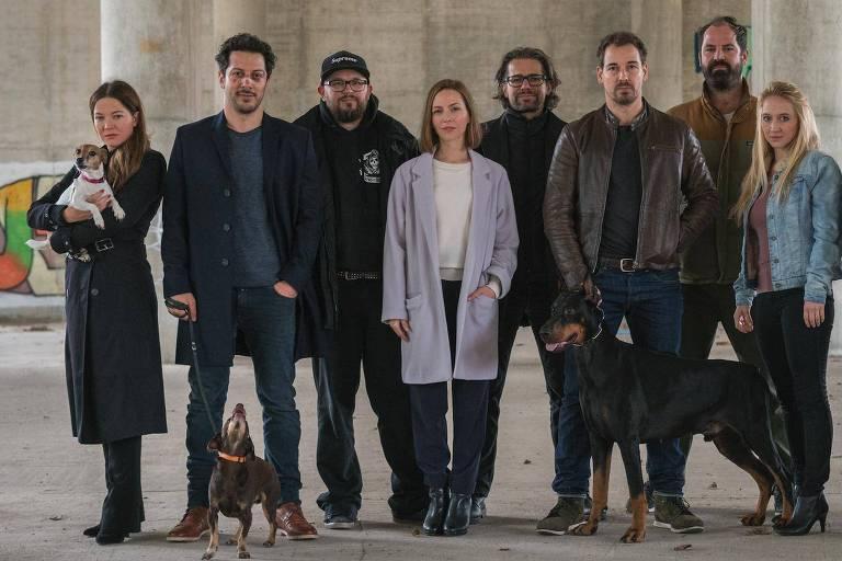 Elenco de 'Cães de Berlim', nova série alemã da Netflix