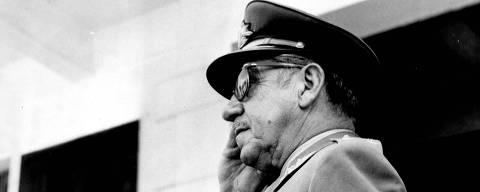 ORG XMIT: 404301_0.tif 1965  O ministro da Guerra, general Arthur da Costa e Silva, em 1965. (00.00.1965. Foto: Folhapress)