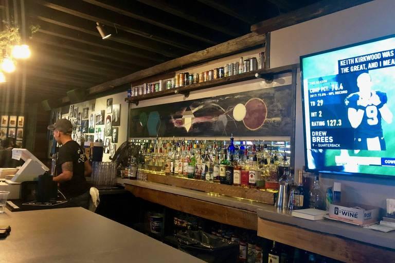 A League of Her Own, bar para mulheres LGBT que abriu as portas em agosto em Washington