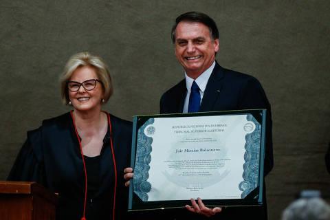 'Poder popular não precisa mais de intermediação', diz Bolsonaro ao ser diplomado