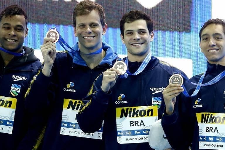 Com Cielo, Brasil leva bronze no revezamento 4x100 no Mundial de natação