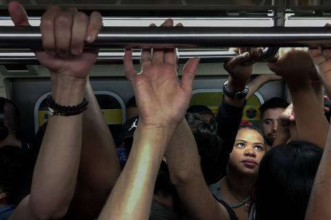 Ônibus perde espaço para metrô, trem e aplicativos nos deslocamentos em SP