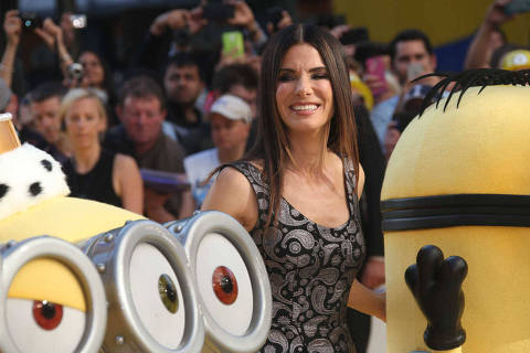 Sandra Bullock poses for photographers upon arrival at the World premiere of the film Minions in London, Thursday, 11 June, 2015. (Photo by Joel Ryan/Invision/AP)