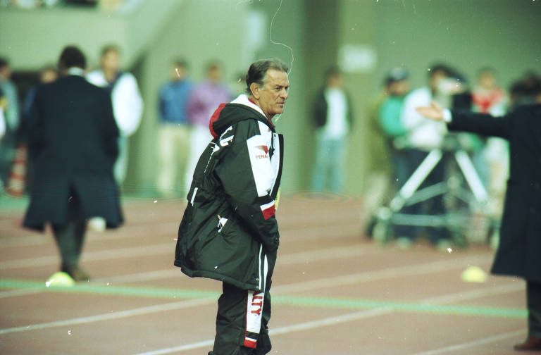 O técnico Telê Santana quando treinava o time do São Paulo