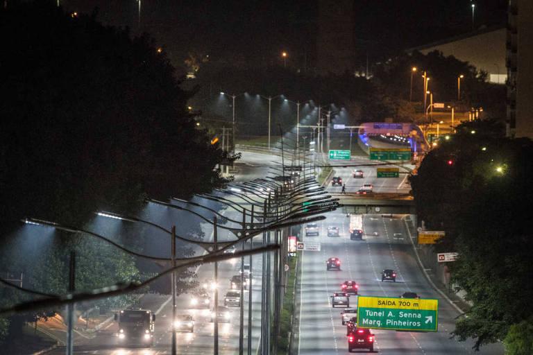 Prefeitura de São Paulo substitui antiga iluminação da Av. 23 de maio por lampadas de LED