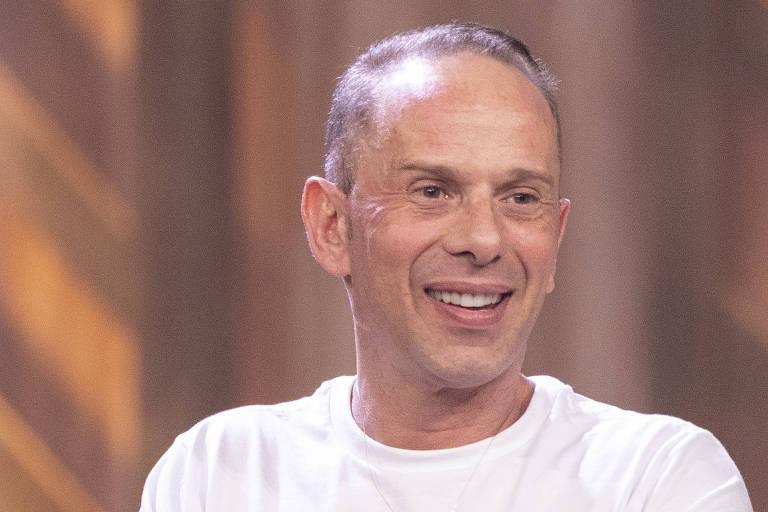 Rafael Ilha, cantor e ator, deve ser campeão do reality da Record