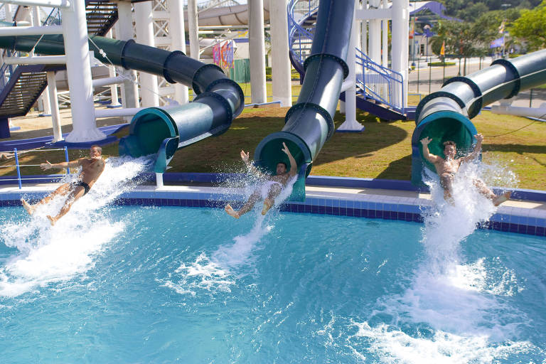 Waterbomb, no parque aquatico Wet'n Wild, em Itupeva, no interior de São Paulo