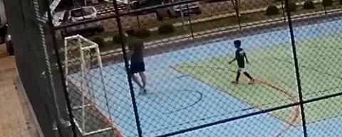 Polícia do DF investiga homem que segurou criança para que filho o agredisse