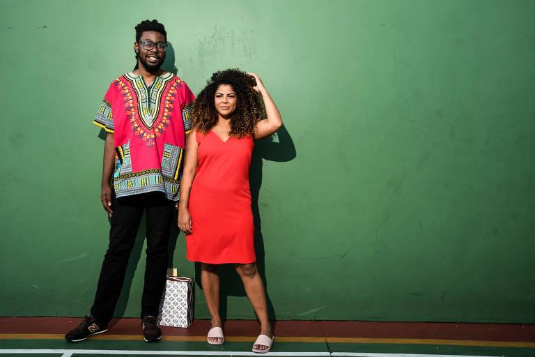 Bruno Brigida e a sócia, Debora Luz, do Clube da Preta, em São Paulo