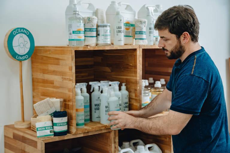 Alex Seibel, fundador da Positiva, na sede da empresa, na Lapa, zona oeste de São Paulo