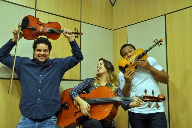 De formação erudita, Trio Paulistano toca MPB e rock em show em shopping de São Paulo