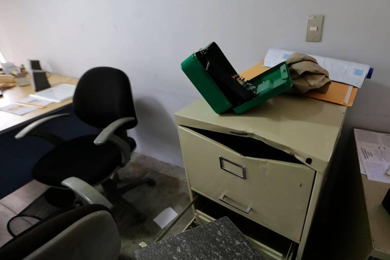 Regime Ortega invade jornal e ONGs