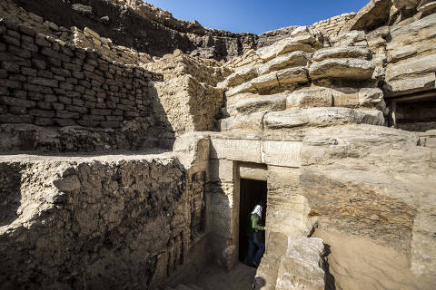 This picture taken on December 15, 2018 shows a view of the entrance of a newly-discovered tomb belonging to the high priest