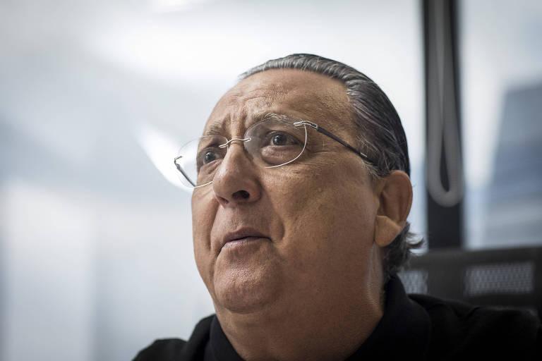 Galvão Bueno durante entrevista em seu escritório em São Paulo