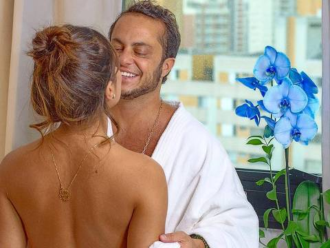 Thammy Miranda e a esposa Andressa Ferreira comemoram cinco anos de relacionamento
