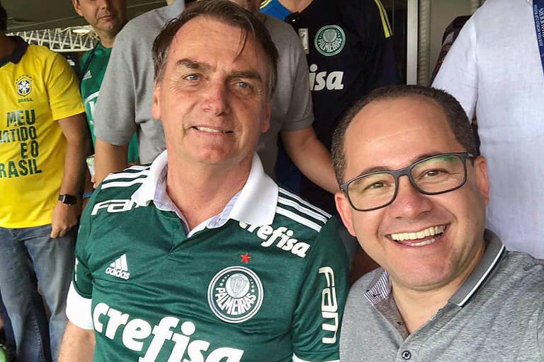 Cezinha de Madureira com o presidente eleito, Jair Messias Bolsonaro, no estádio Allianz Parque