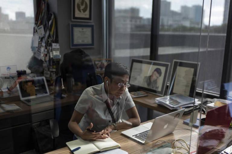 'É preciso mapear as redes que estão espalhando fake news', diz jornalista filipina premiada