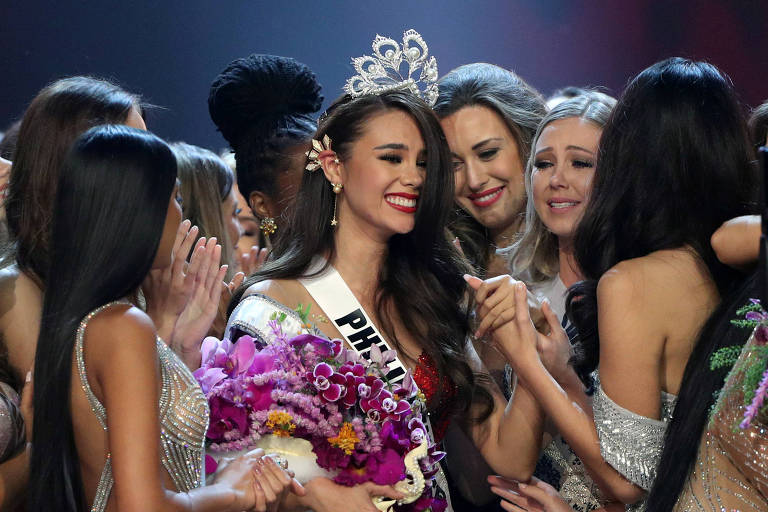 A Miss Filipinas Catriona Gray é coroada Miss Universo 2018