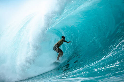 OAHU, HAWAI, 17.12.2018 . O título do World Surf League Championship Tour 2018 pode ser decidido nesta segunda-feira no Havaí entre Gabriel Medina e Julian Wilson: Credit  Kelly Cestari  WSL / Social