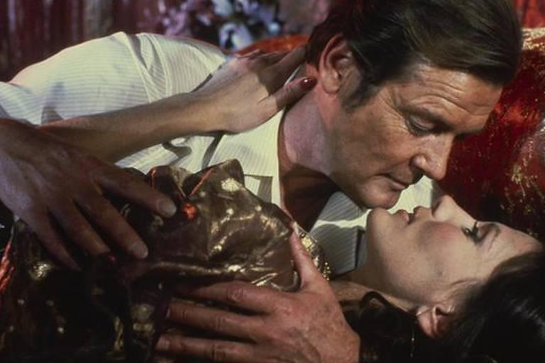 """Cena do filme """"007 contra Octopussy"""""""