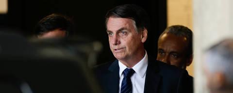 BRASILIA, DF, BRASIL, 11-12-2018, 11h30: O presidente, Jair Bolsonaro, foi visto deixando o gabinete de transição no CCBB. Foto: Walterson Rosa/Folhapress, PODER)