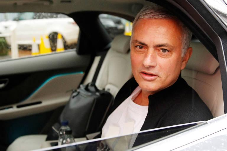 Jose Mourinho foi demitido do Manchester United