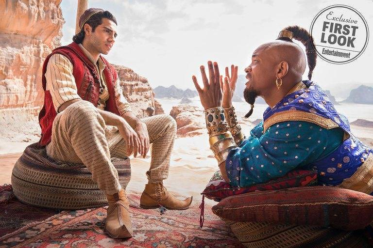 Will Smith e Mena Massoud como o Gênio e Aladdin, respectivamente