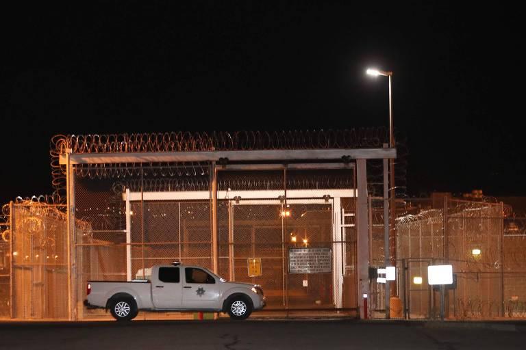 Entrada de uma prisão em Draper, Utah, nos Estados Unidos