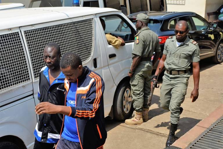 Em Camarões, jornalistas são presos acusados de fake news