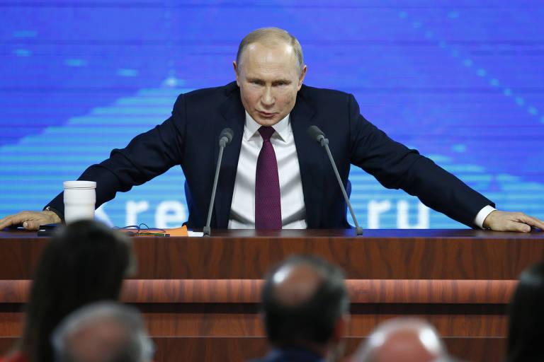 O presidente russo Vladimir Putin durante sua entrevista coletiva de final de ano em Moscou