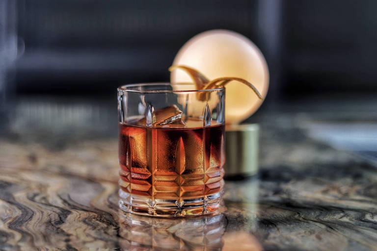 Drinque Dandara, criação de Michelly Rossi, do bar Fel
