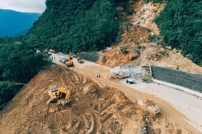 Caminho para litoral tem interdições e obras pendentes