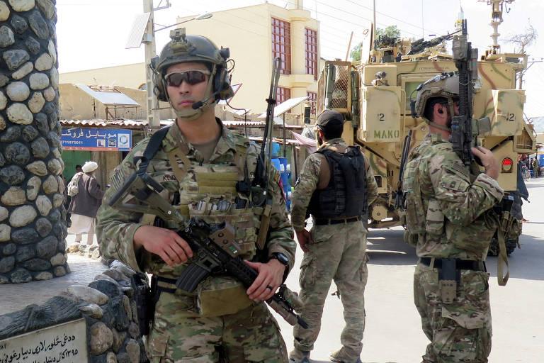 Tropas dos EUA realizam operação na província de Farah, no Afeganistão, em maio de 2018
