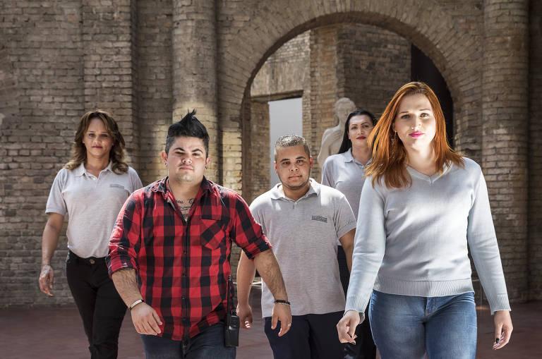 Grupo de pessoas trans ganha emprego na Pinacoteca