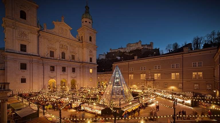 A música foi tocada para o público pela primeira vez em uma igreja em Salzburgo, na Áustria