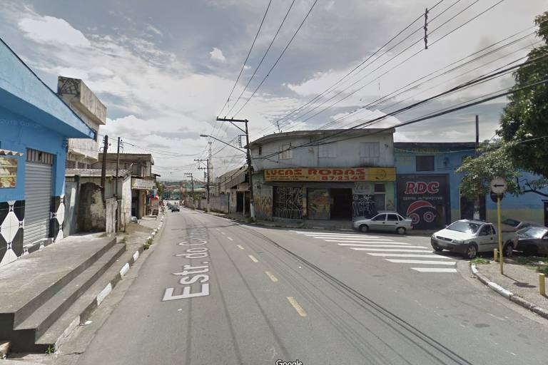 Estrada Cabreúva, em Carapicuíba