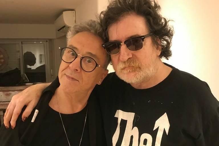 Billy Bond (à esq.) com Charly Garcia em Buenos Aires, em outubro deste ano